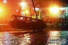 公交车掉江原因已曝光,打捞人员痛哭回忆:这件作业到